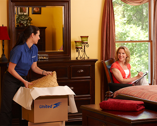 Packing Bedroom with Customer